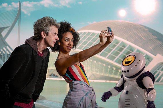 Doctor-Who-s10e2-1